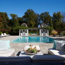Traditional Pool by Brooks and Falotico Associates, Inc.