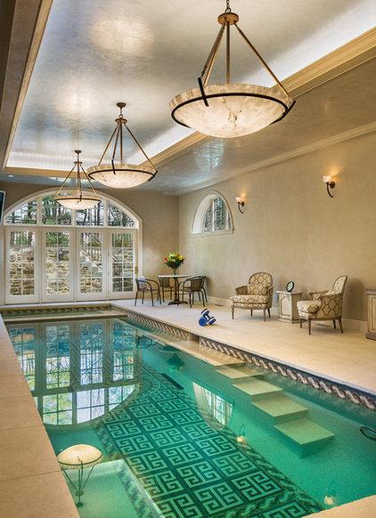 Traditional Pool by E. B. Mahoney Builders, Inc.