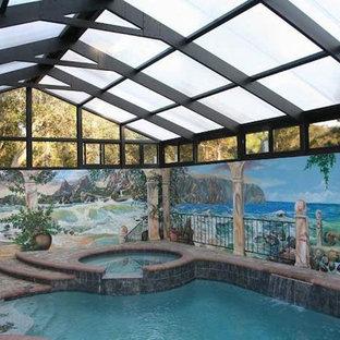 Imagen de piscinas y jacuzzis alargados, mediterráneos, grandes, rectangulares y interiores, con adoquines de ladrillo