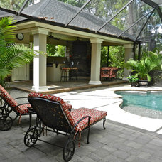 Traditional Pool by Lendry Homes