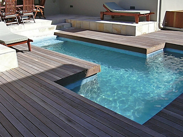 Beach Style Pool by Jacqueline Berry Interiors