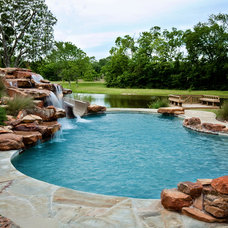 Traditional Pool by Sunset Pools Inc