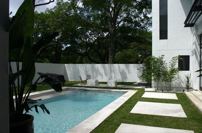 Modern Pool by Allen Bianchi