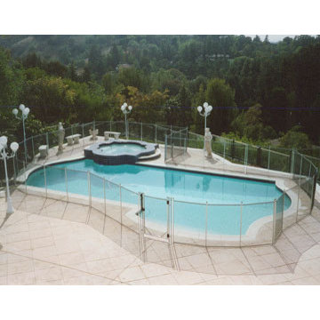 Swimming Pool Fencing Ideas
