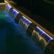 Tropical Pool by PoolSupplyWorld.com