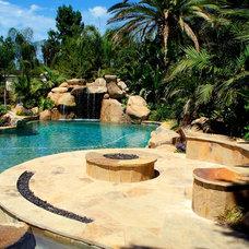 Contemporary Pool by David Klages Design