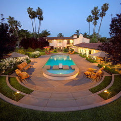 traditional pool by Garden View