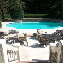 traditional pool by ARNOLD Masonry and Concrete