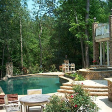 Contemporary Pool by ARNOLD Masonry and Landscape