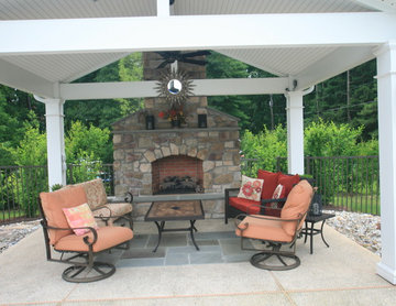 Tanning Ledge, Spa & Outdoor Fireplace