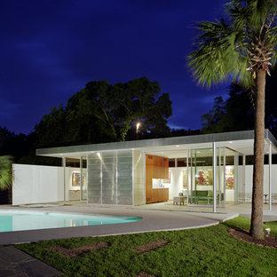 Pool House   Small Modern Pool House Idea In Austin