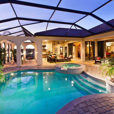 Mediterranean Pool by John Cannon Homes