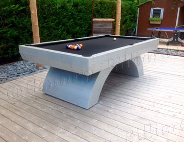 The Custom Outdoor Aviator Pool Table