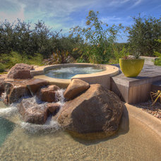 Southwestern Pool by Cascade Custom Pools