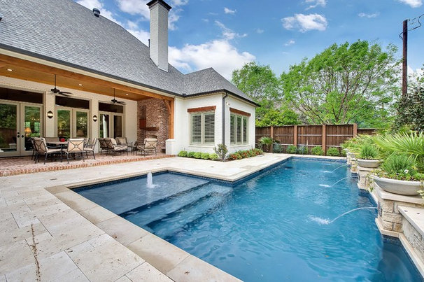 Traditional Pool by LRO Residential