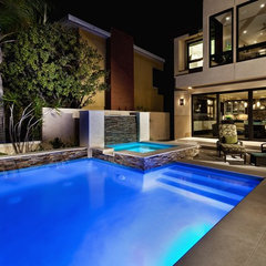 contemporary pool by GULIAN DESIGN, INC.