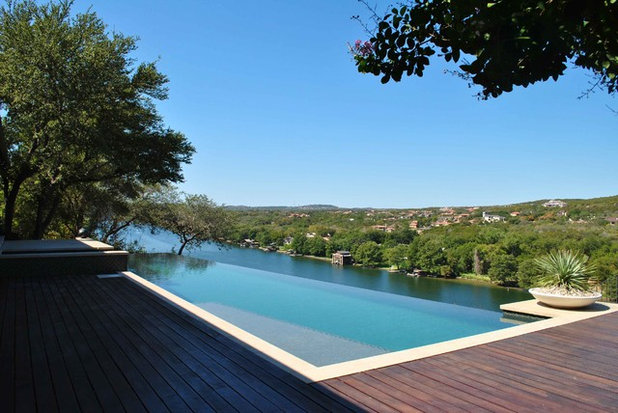 Modern Pool by Tim Cuppett Architects