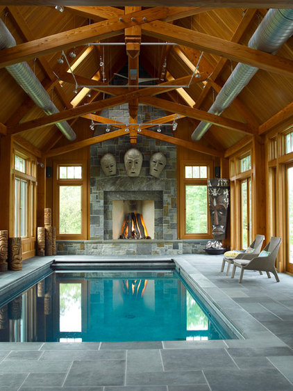 Traditional Pool by Purple Cherry Architects