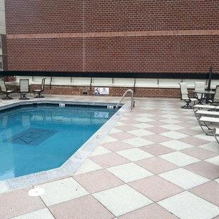 Imagen de piscina contemporánea, a medida, en azotea