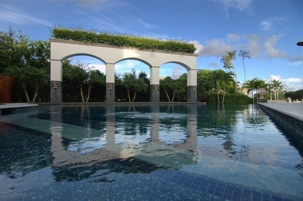 Traditional Pool by Cudmore Builders