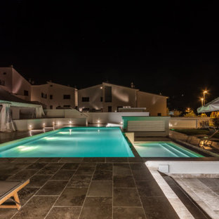 Travertine swimming pool in Tuscan country