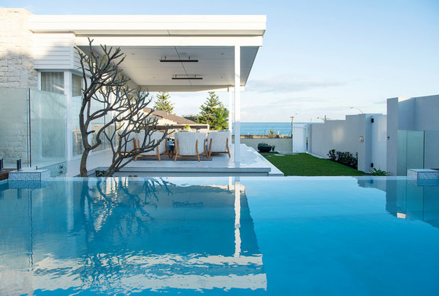 Beach Style Pool by David Wilkes Design