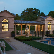 Traditional Pool by Larry E. Boerder Architects