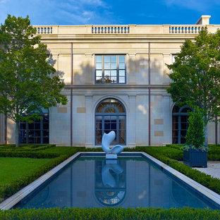 Example of a classic pool design in Dallas