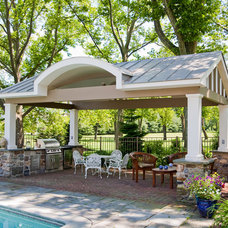 Traditional Pool by GL Callow Building & Remodeling