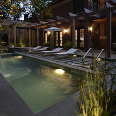 Transitional Pool by The Garden Consultants, Inc.