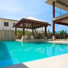 asian pool by Imperial Homes Qld Pty Ltd