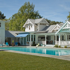 traditional pool by John Malick & Associates