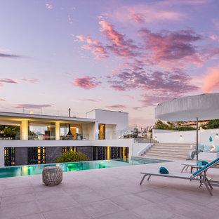 Ejemplo de piscina minimalista rectangular