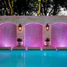 Traditional Pool by Matthew Murrey Design