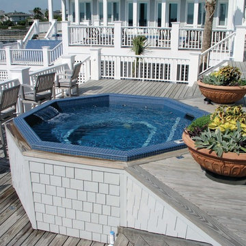 Waterfront Classic Hanover with Water Feature