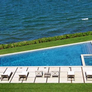 Moderner Pool in individueller Form in New York