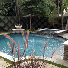 Traditional Pool by Longleaf Landscape Architecture