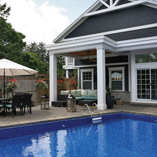 Traditional Pool by Wingelaar Fine Homes (chris.business@rogers.com)