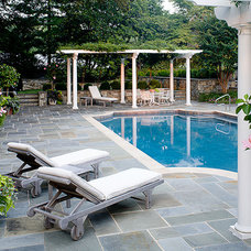 Traditional Pool by Chapel Valley landscape Company