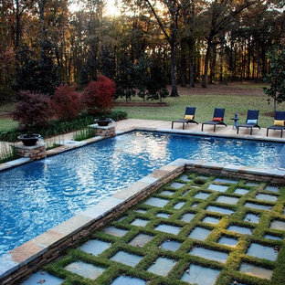 Example of a mountain style pool design in New Orleans