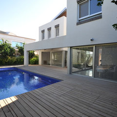 modern pool by OFERMIARA ARCHITECTS