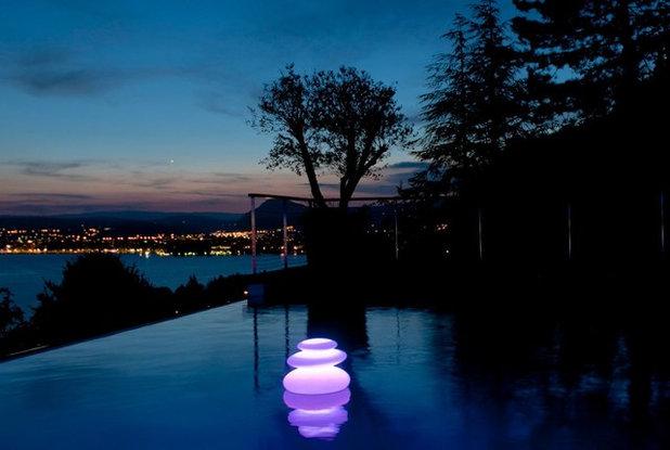 Guida houzz come illuminare una piscina for Piscina rialzata