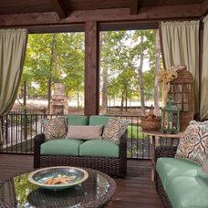 Traditional Porch by Dillard-Jones Builders, LLC