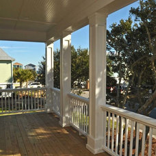 Tropical Porch by Windjammer Construction, Inc.