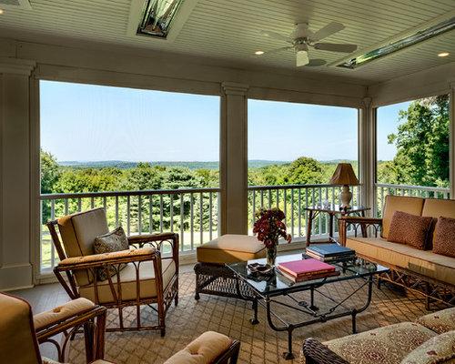Fotos de terrazas dise os de porches cerrados de estilo de casa de campo de tama o medio - Disenos de porches de casas ...