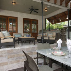 Traditional Porch by Kalamazoo Outdoor Gourmet