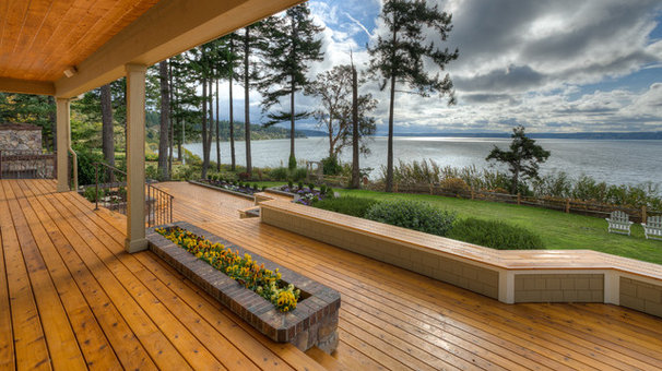 Traditional Porch by RGN Construction