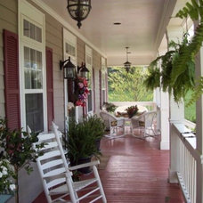 Traditional Porch by Geno's Garden Design & Coaching