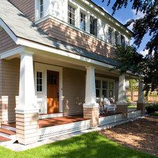 Craftsman Porch by Jan Gleysteen Architects, Inc