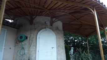 Auvent circulaire avec couverture en coquille Saint-Jacques